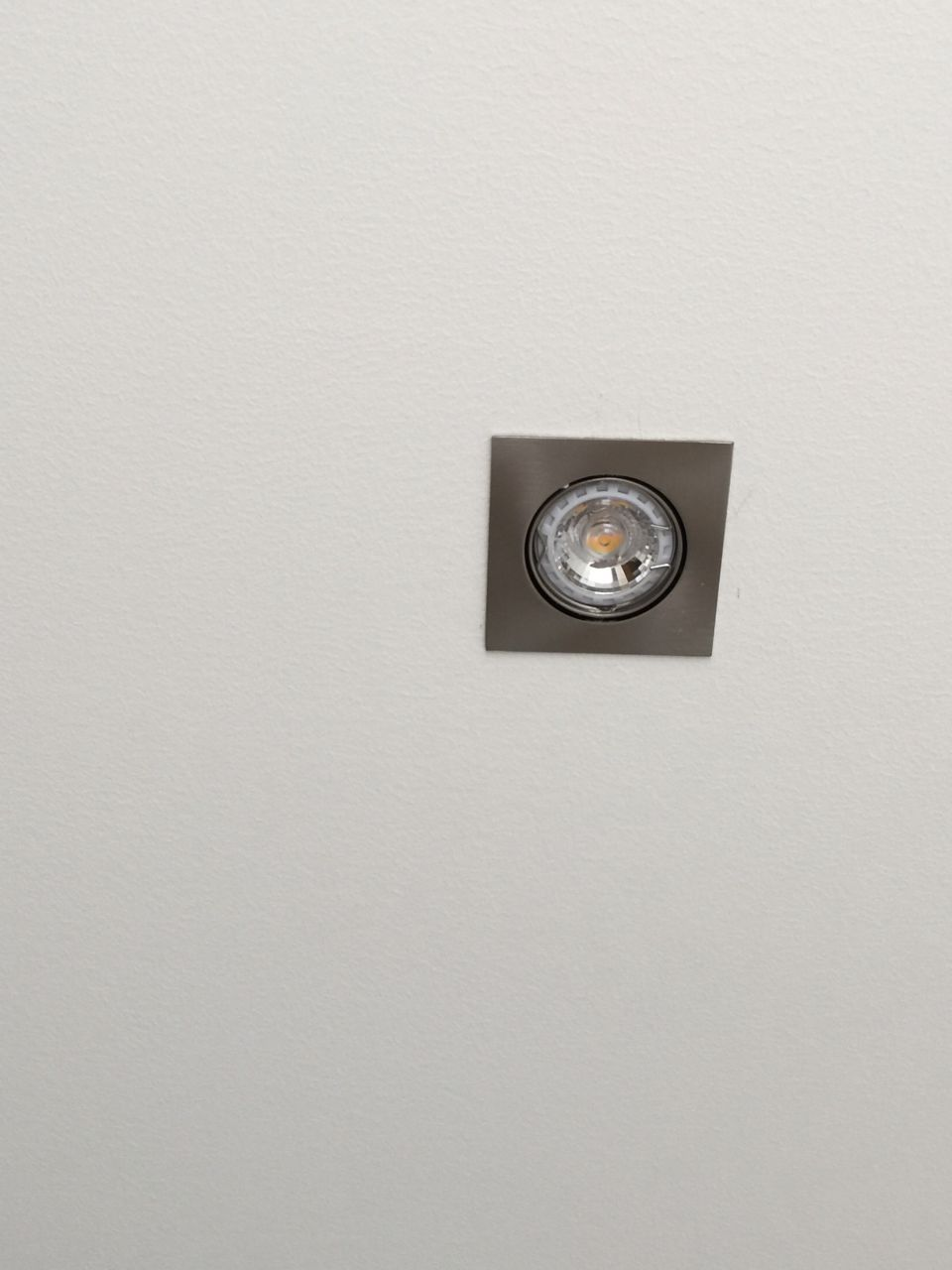 des photos de l 39 avanc e portes toute hauteur cloture. Black Bedroom Furniture Sets. Home Design Ideas