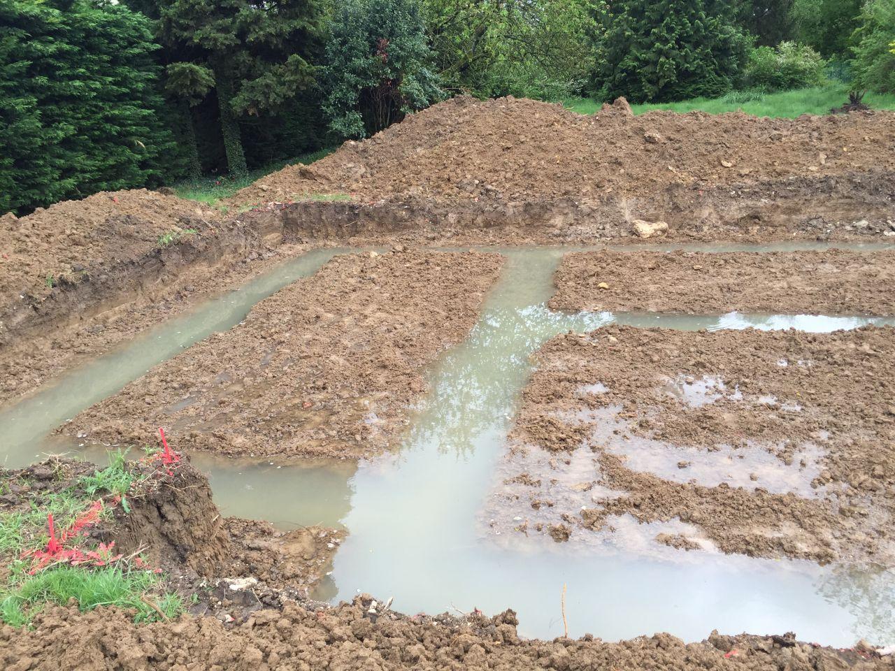 Des fondations remplies d'eau !
