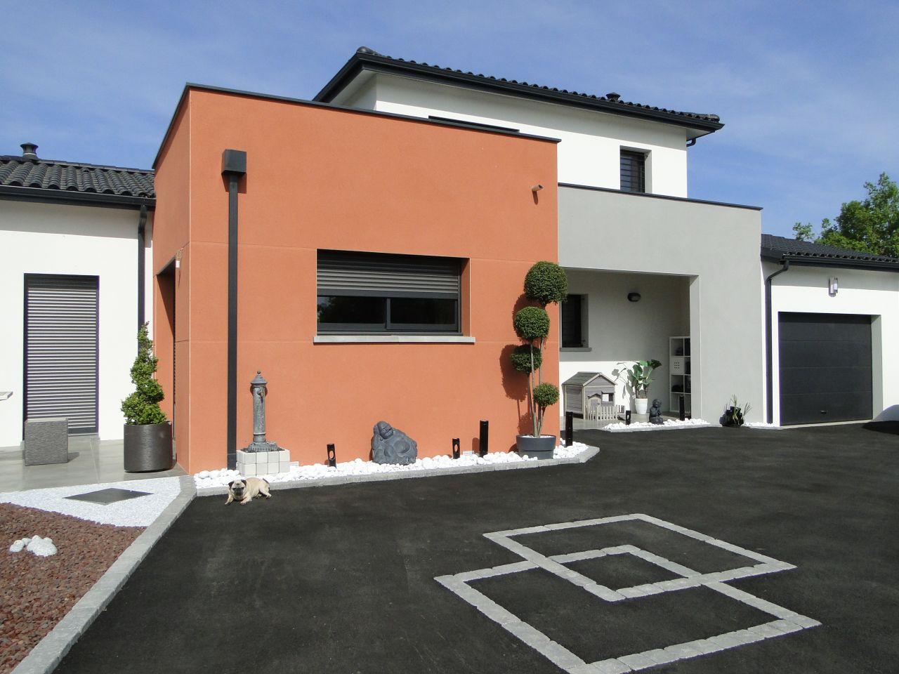 Crepi facade maison for Facade terre de sienne