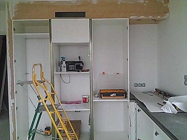 installation cuisine d but pose cuisine peinture des portes la forest landerneau finistere. Black Bedroom Furniture Sets. Home Design Ideas