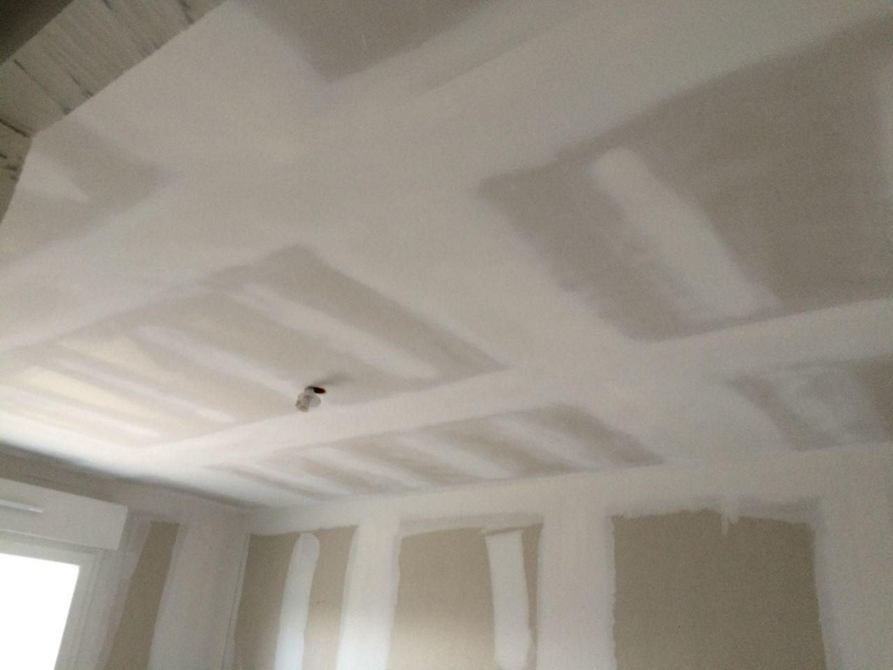 remise des cl pon age sous couche plafond et murs joint. Black Bedroom Furniture Sets. Home Design Ideas