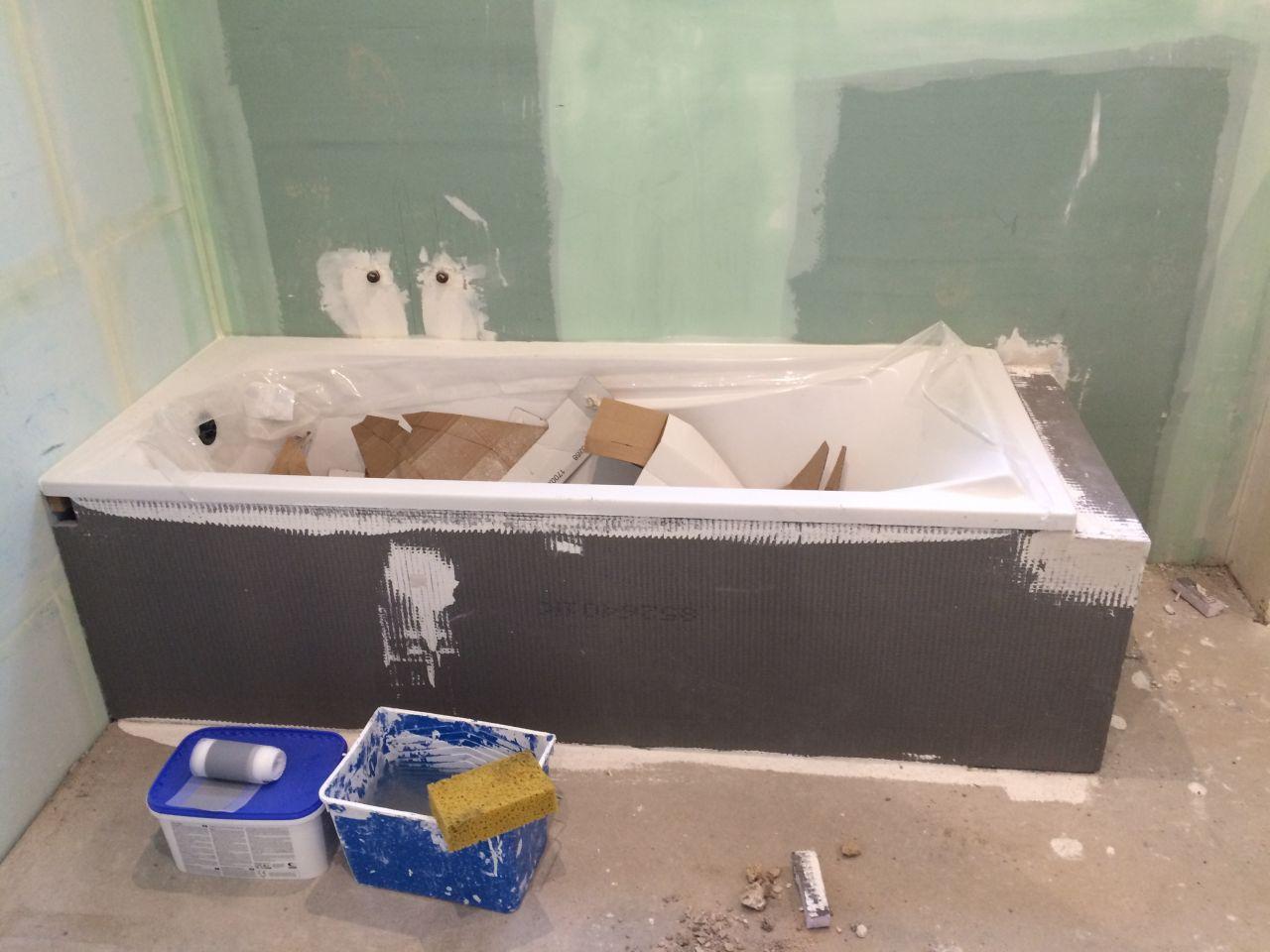 Remise des cl pon age sous couche plafond et murs joint for Etancheite sous carrelage salle de bain