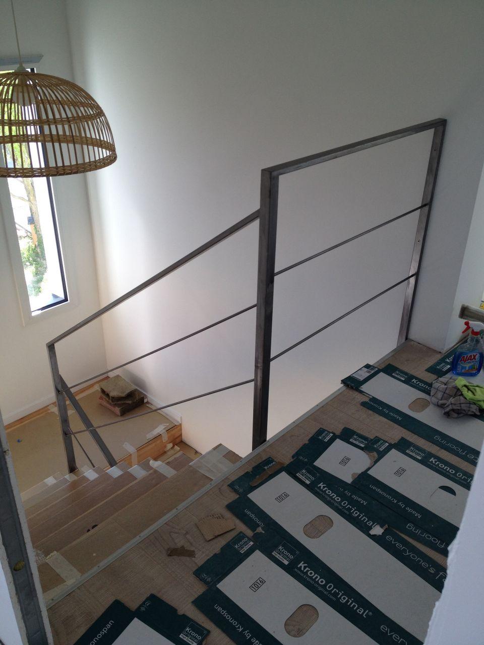 Rampe d'escalier en place fait maison