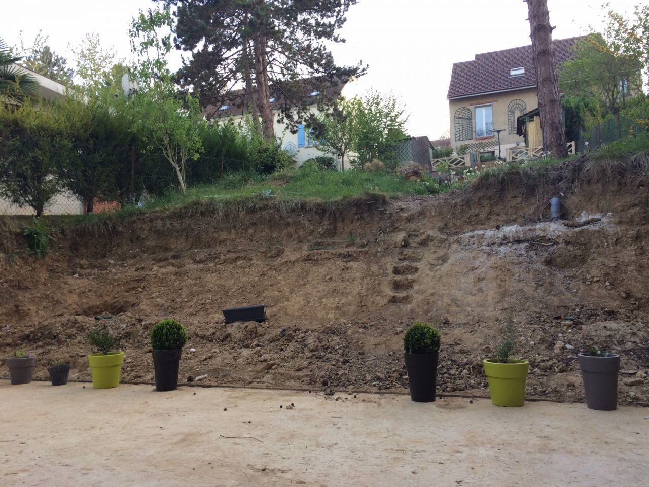 Photo une id e du boulot d 39 am nagement du jardin a faire - Amenagement terrain ...