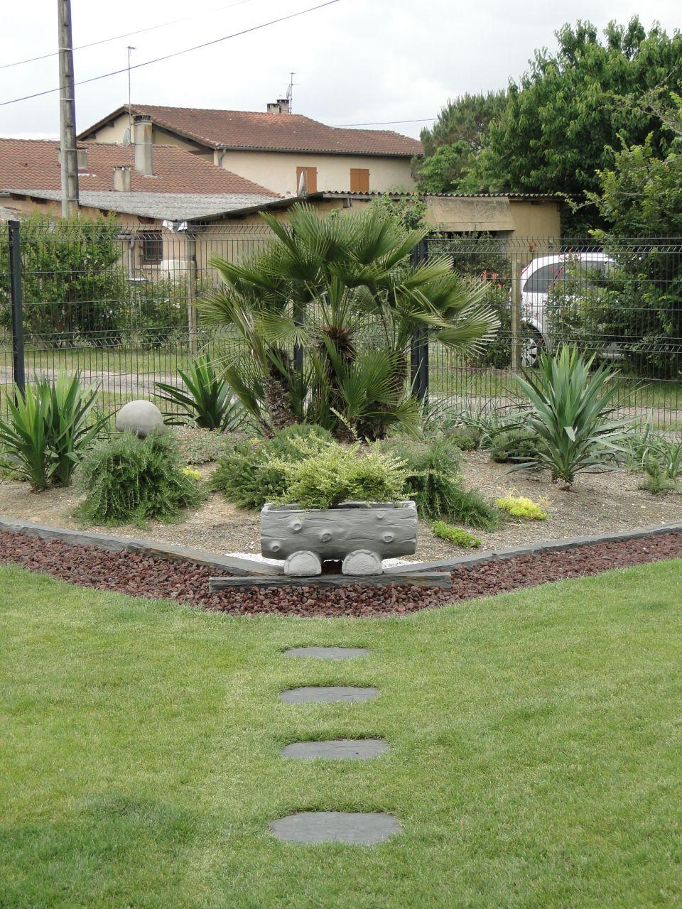 Jardin type japonais enfin fini mis en place d for Grosse jardiniere