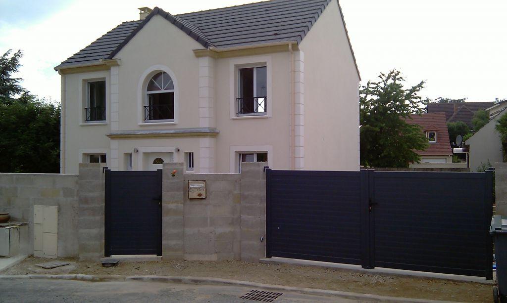 Portail leroy merlin 4m publi dans dcoration tagged - Porte de garage avec portillon integre leroy merlin ...