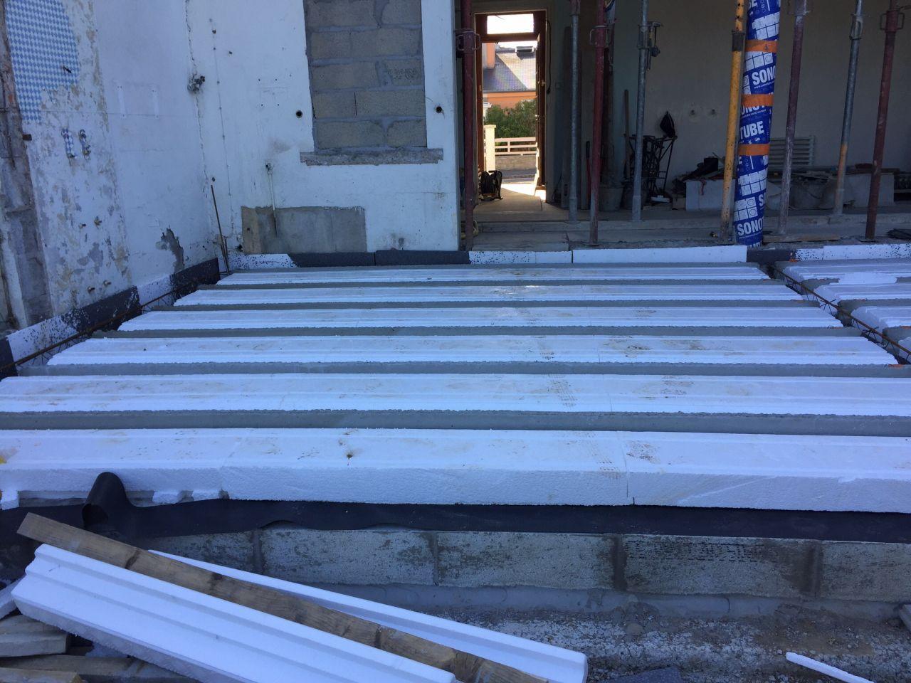 d but des travaux par artisans les questions sont arrivees ouverture du mur lorient morbihan. Black Bedroom Furniture Sets. Home Design Ideas