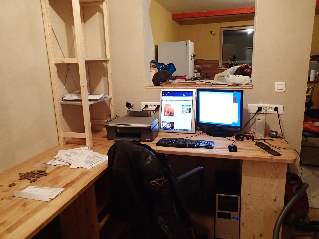 Les meubles arrivent vive le bureau bureau bis for Ameublement denis bureau
