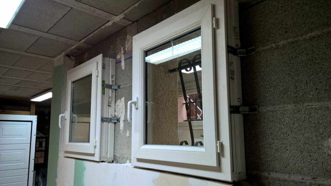 Fenêtre SDB, WC ,Cellier et escalier