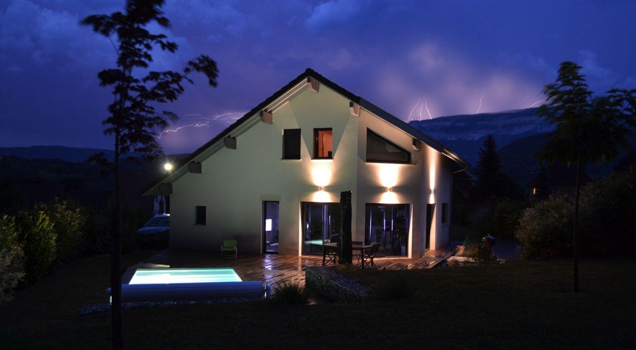 Facade sud-ouest - La Bridoire (Savoie - 73) - juillet 2015