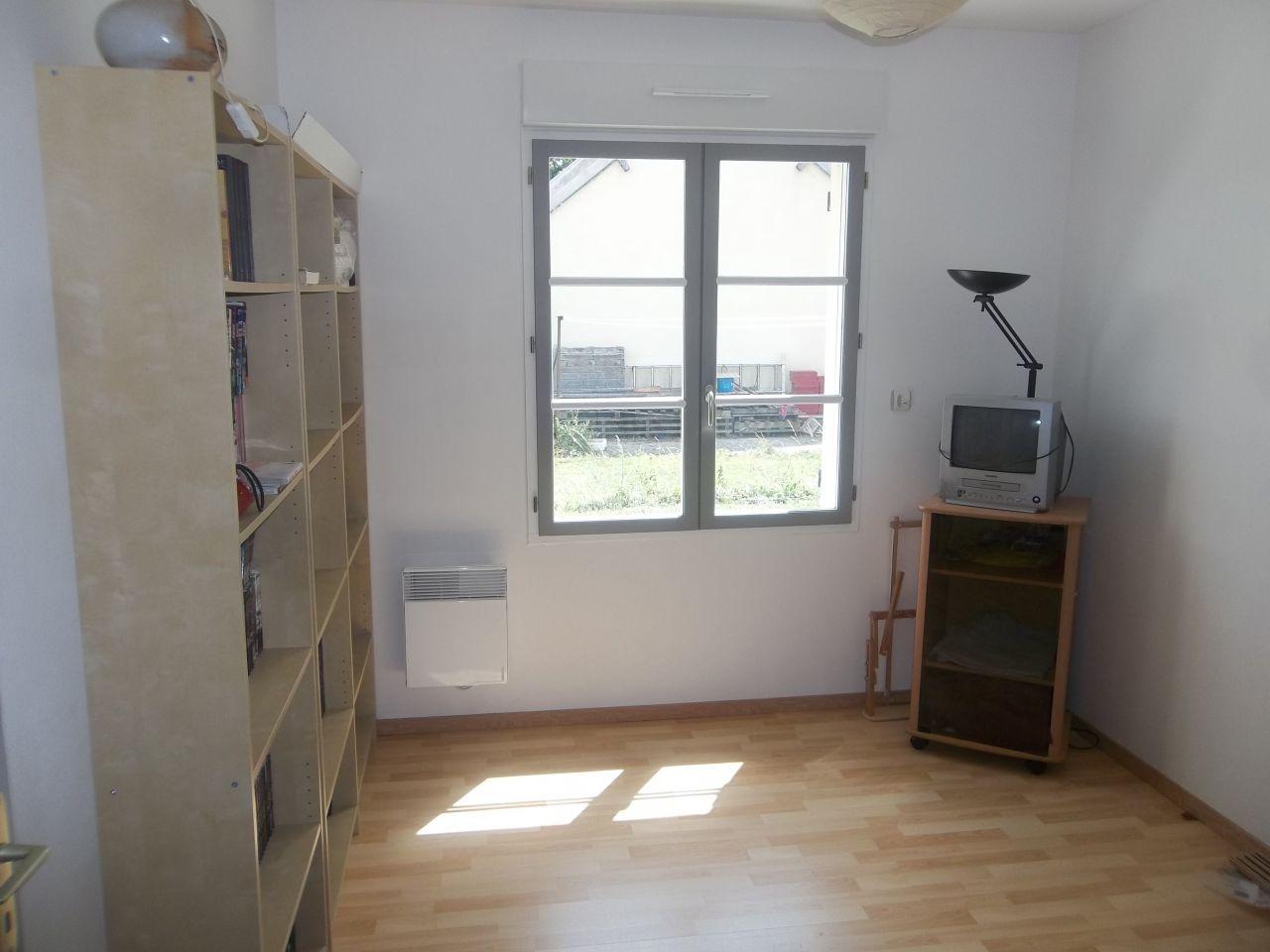 Photo chambre d 39 amis 10m2 sols bois moyen monts oise - Decoration chambre d amis ...
