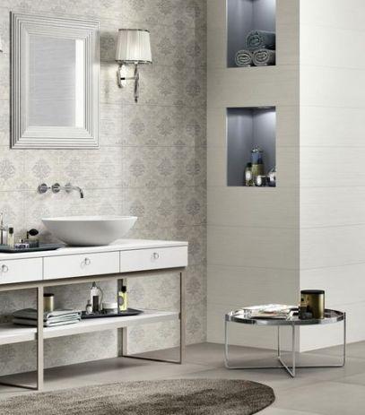 exemple du blanc crème et de la frise pour les toilettes