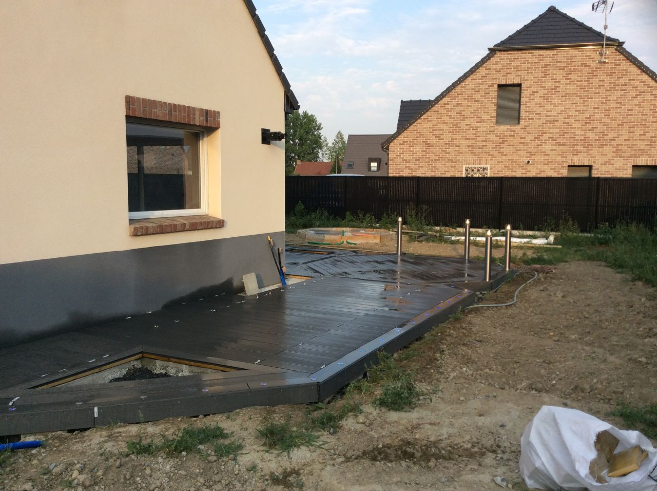 Terrasse composite sur plots b ton 13 messages - Plot beton terrasse ...