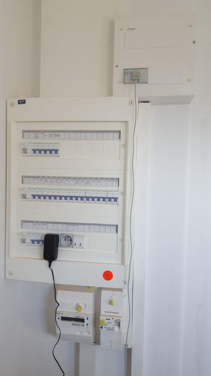 Livebox synchro sur boitier dti mais pas sur les prise rj45 des murs 94 messages - Branchement livebox telephone ...