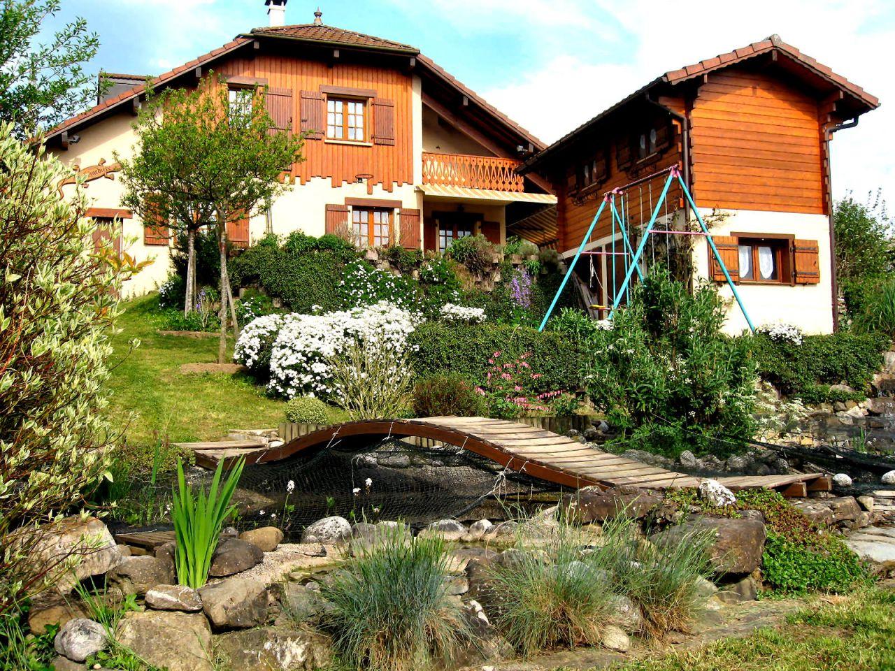 Vente de l'ancienne maison, adieux au jardin en terrasses et au bassin à poisssons