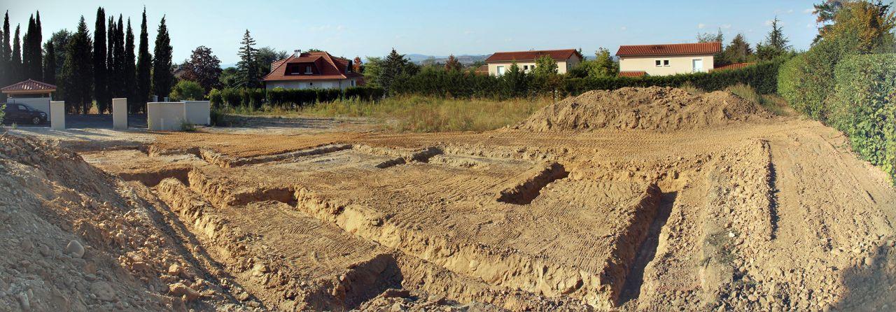Terrassement en cours, fouilles en place (vue panoramique)