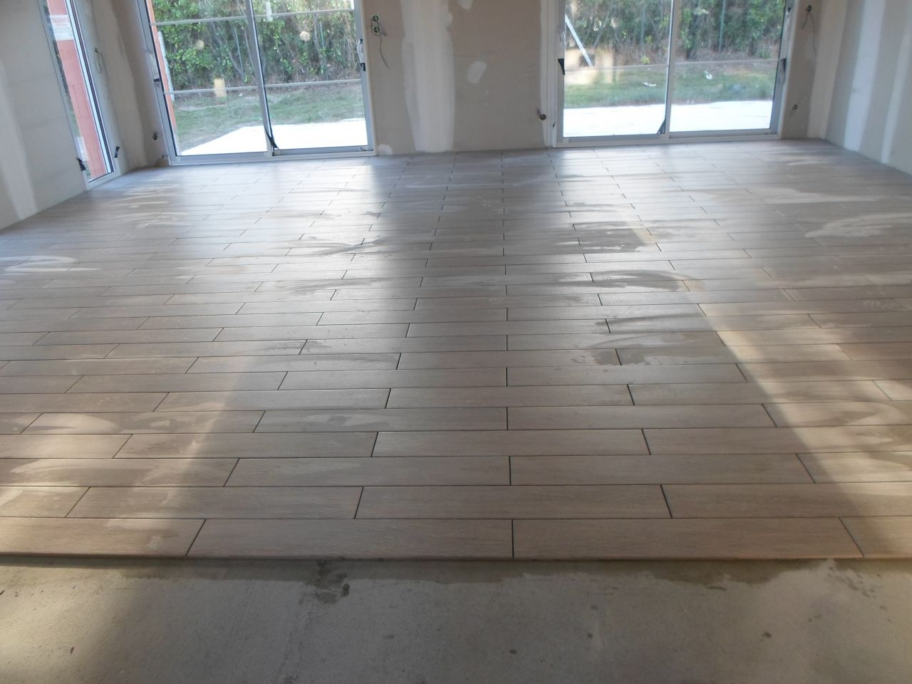 Sens pose parquet excellent parquet finnforest with sens for Poser carrelage imitation parquet