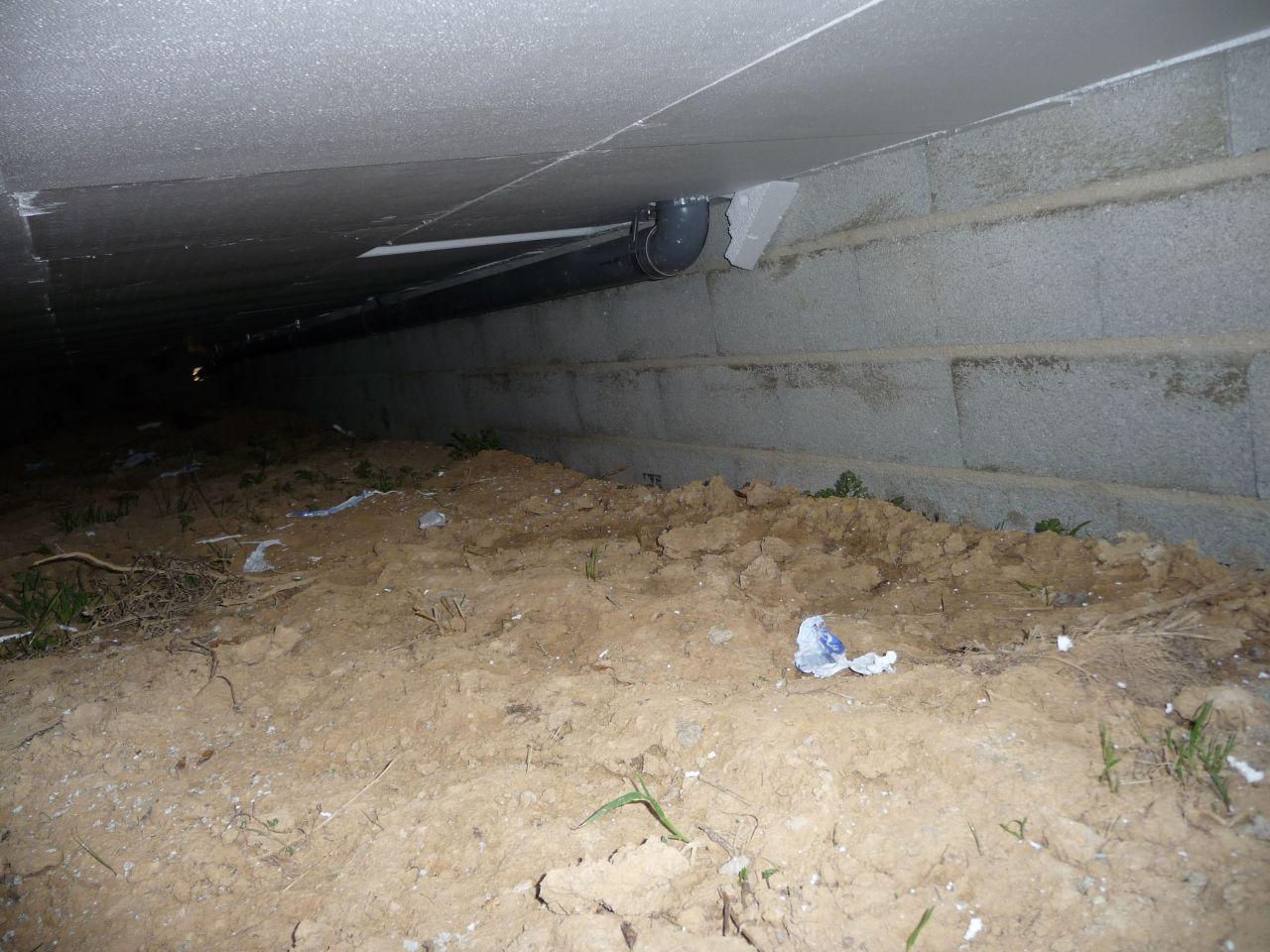 photo sous le dessous vide sanitaire