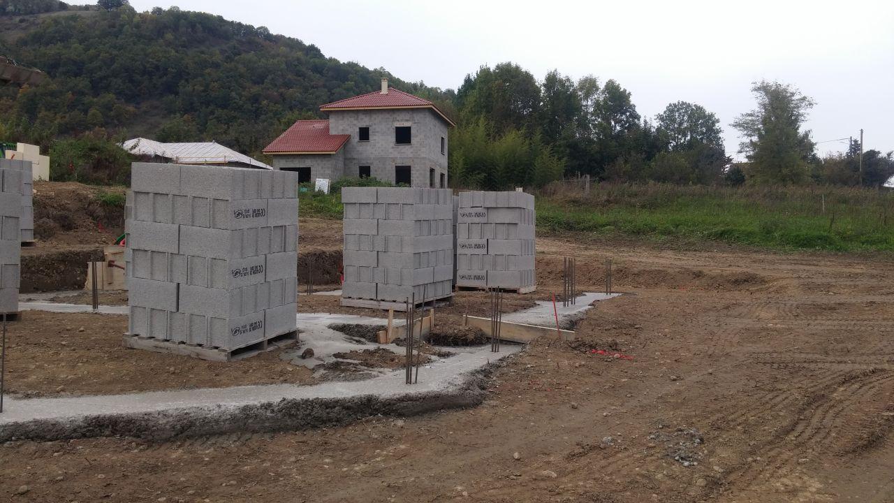 Planning implantation maison terrassement tullins isere for Sechage fondation