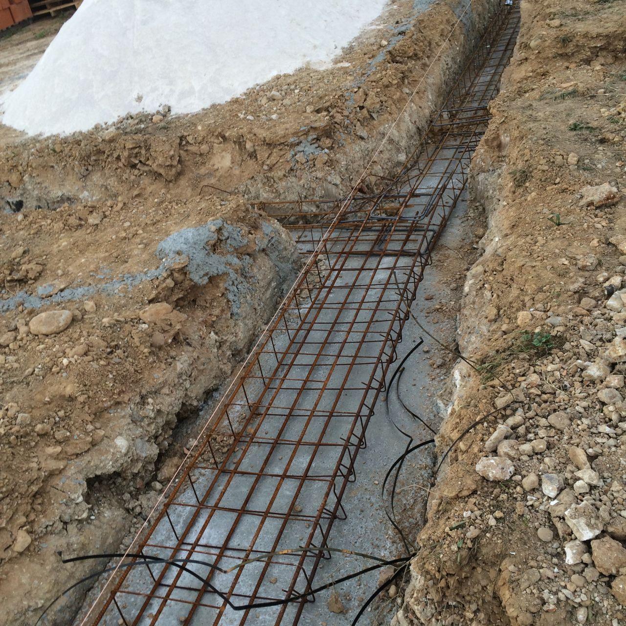 Villa prisme sofia rt2012 cabries bouches du rhone for Prise de terre fond de fouille