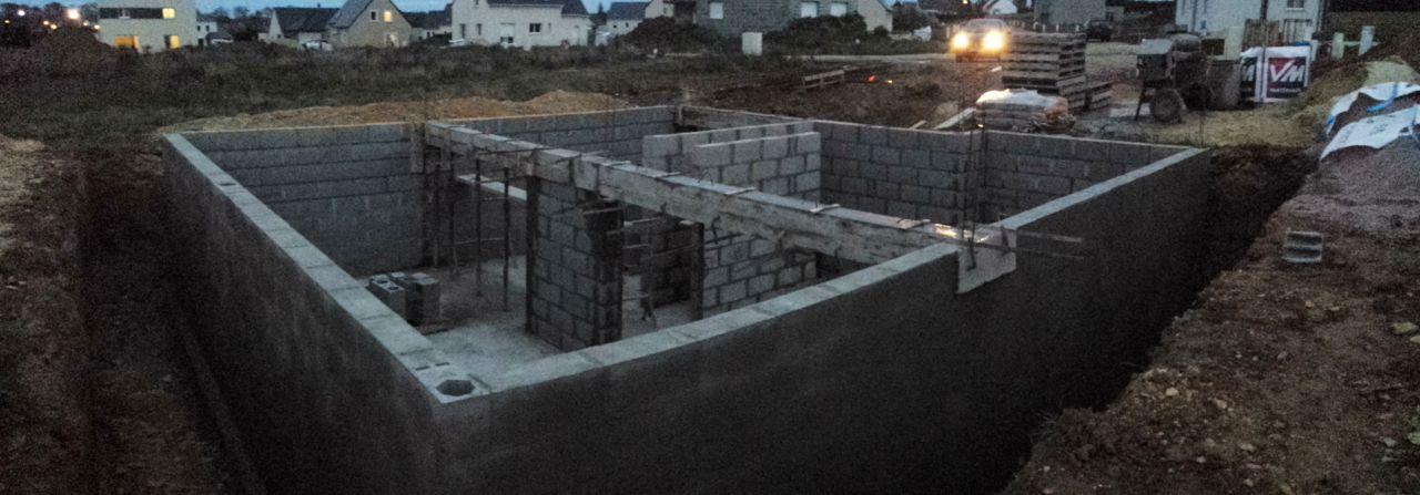 3ème jour d'élévation des murs du sous-sol
