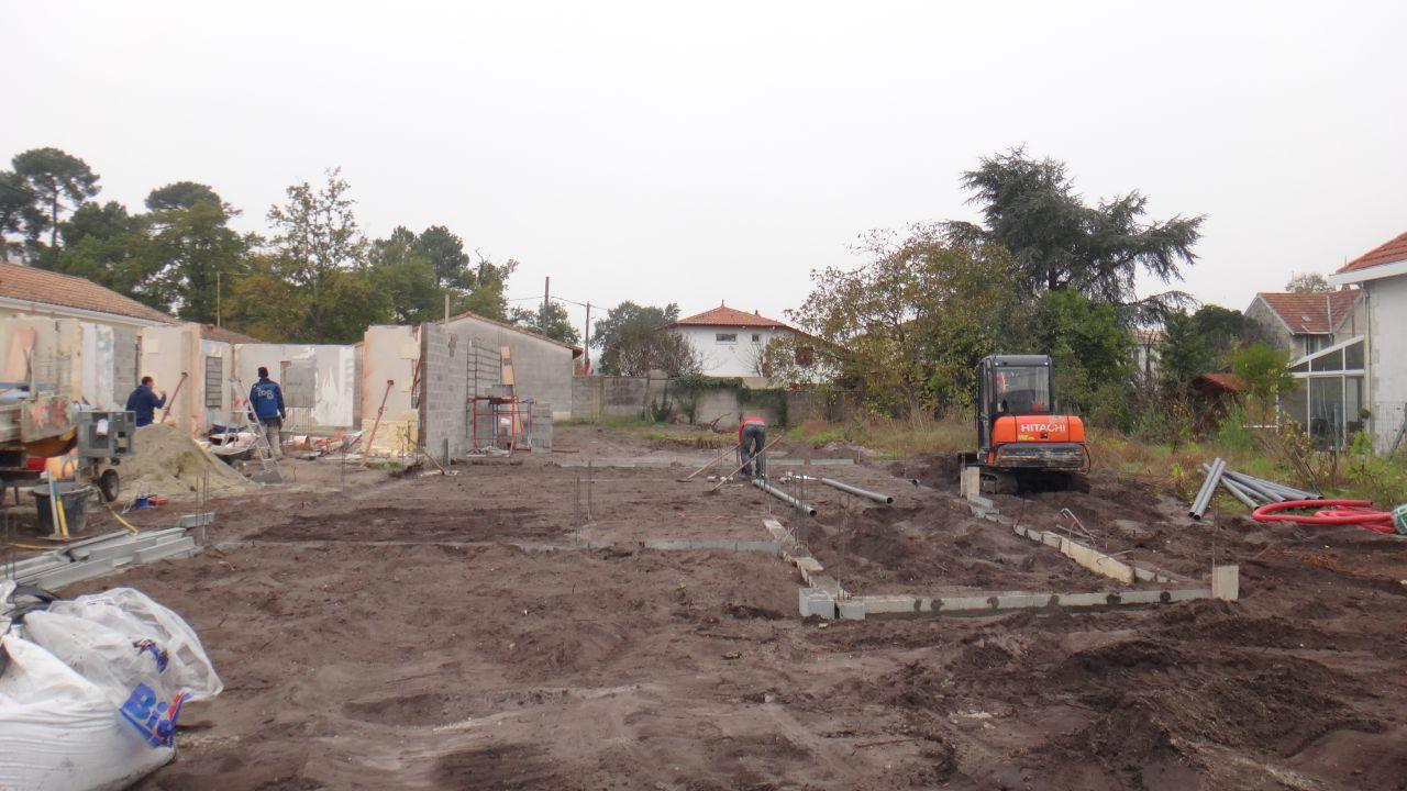 Rebouchage des fondations avant coulage de la dalle