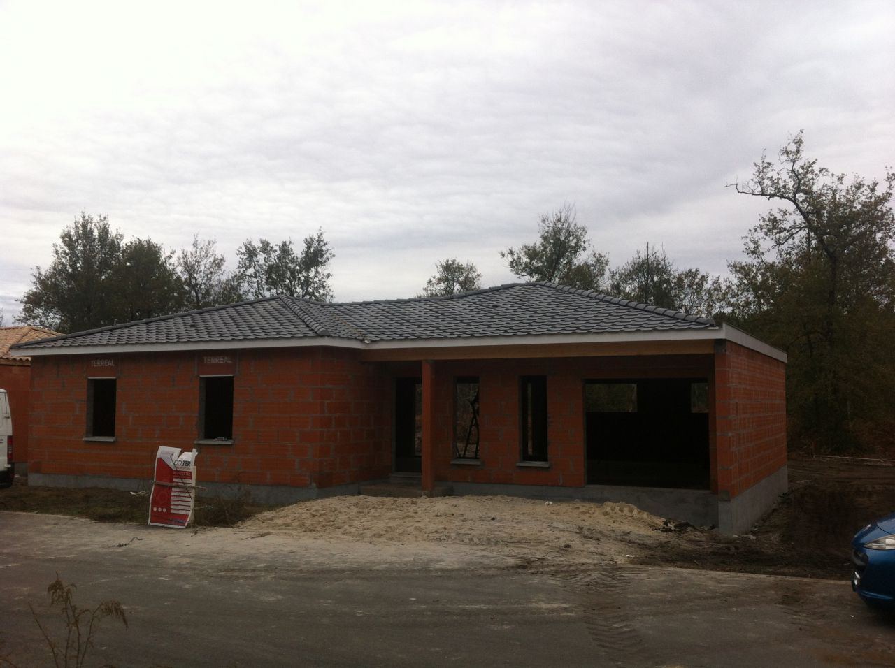 Pose de la charpente maison couverte hors d 39 eau hors d for Prix maison hors d eau hors d air 130m2