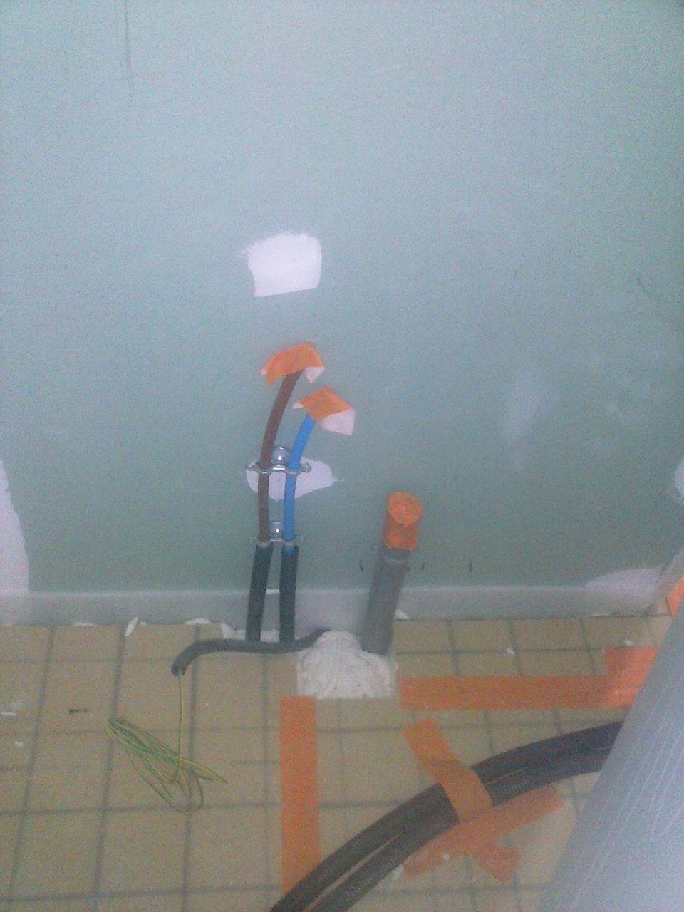 Installer Robinet Murale Tuyaux En Attente Hors Cloison 7 Messages