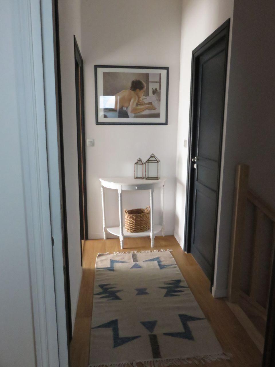 Dégagement / couloir 1m2 sols tapis - Murs Erigne (Maine Et Loire - 49) - novembre 2015