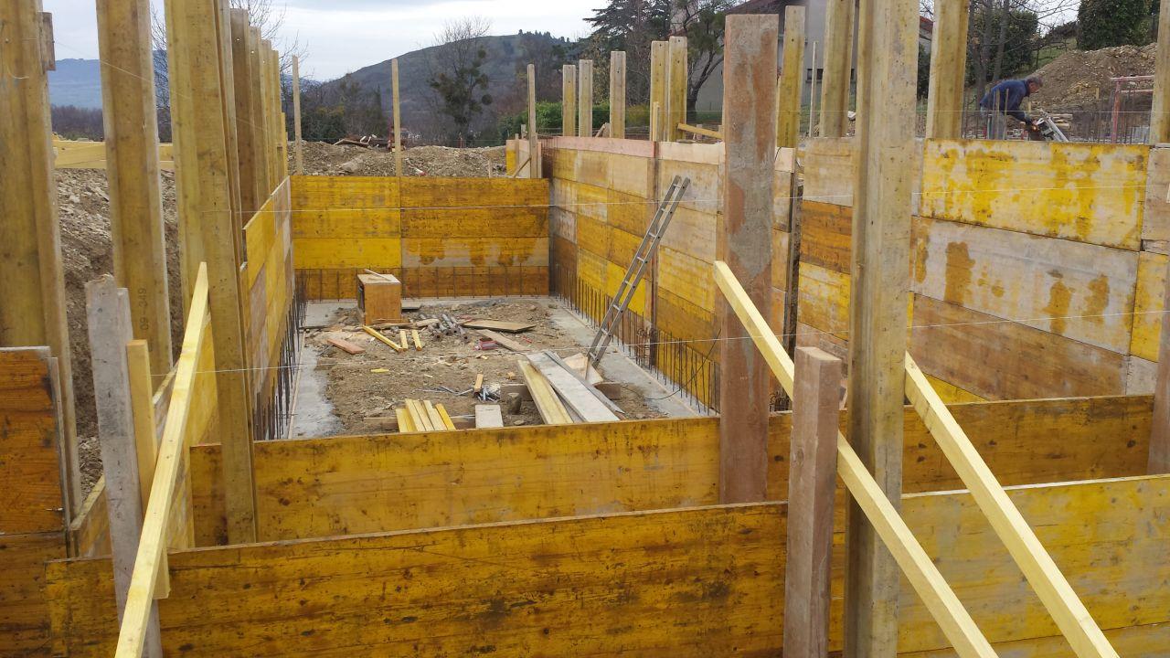 Photo coffrage de la piscine piscine puy de dome 63 for Piscine puy de dome