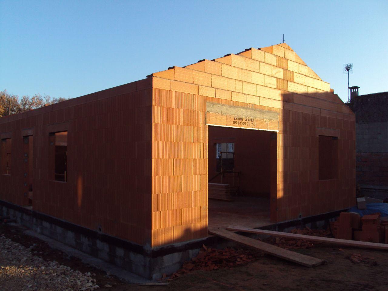 baie vitrée et futur terrasse