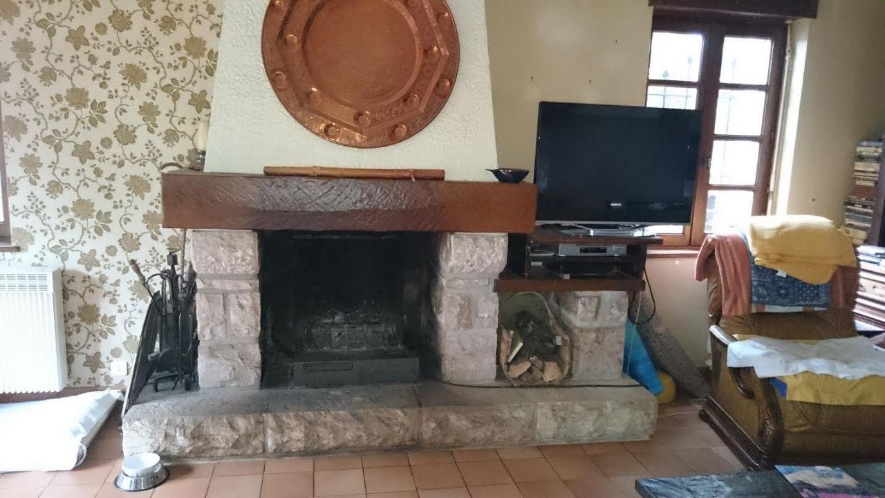 Notre future cheminée, qui va être prochainement démontée de la maison ou elle se trouve actuellement pour être installée chez nous