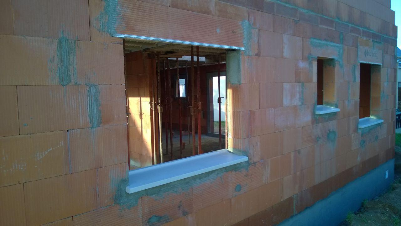 Vue du pignon Est avec les appuis de fenêtres