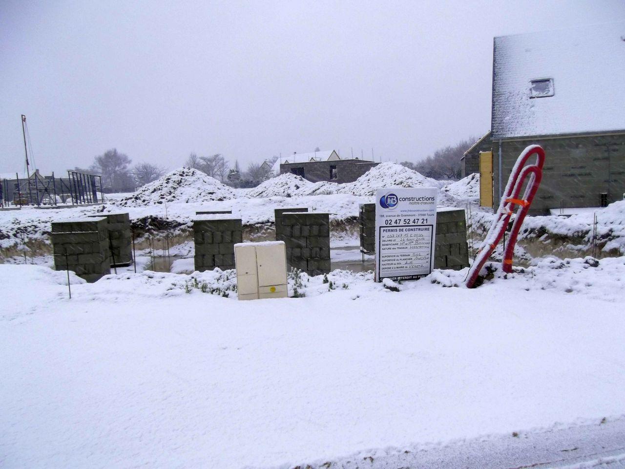 réception des parpaings sous la neige