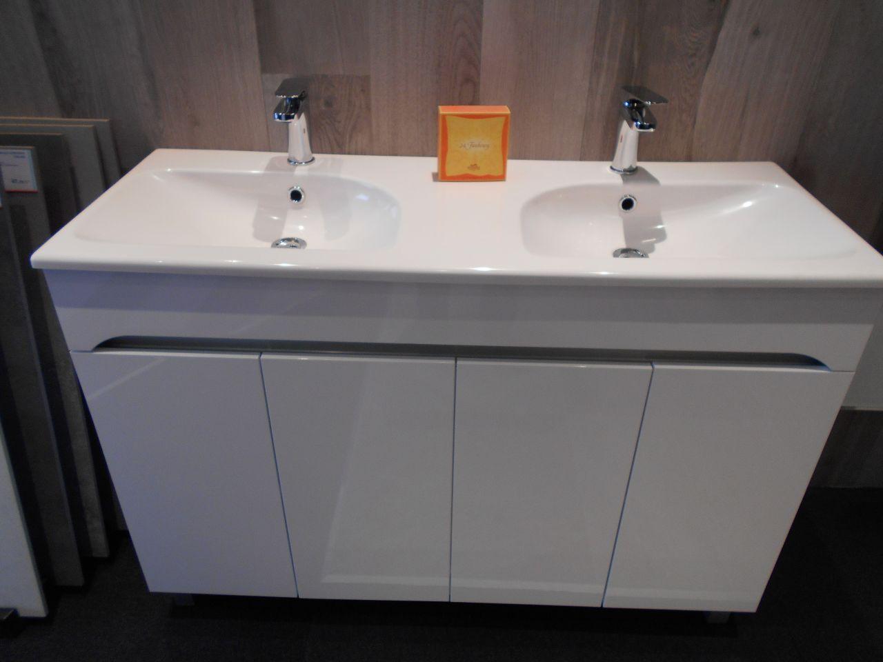 dur dur de faire des choix adoucisseur d 39 eau co2 plomberie cheval blanc vaucluse. Black Bedroom Furniture Sets. Home Design Ideas