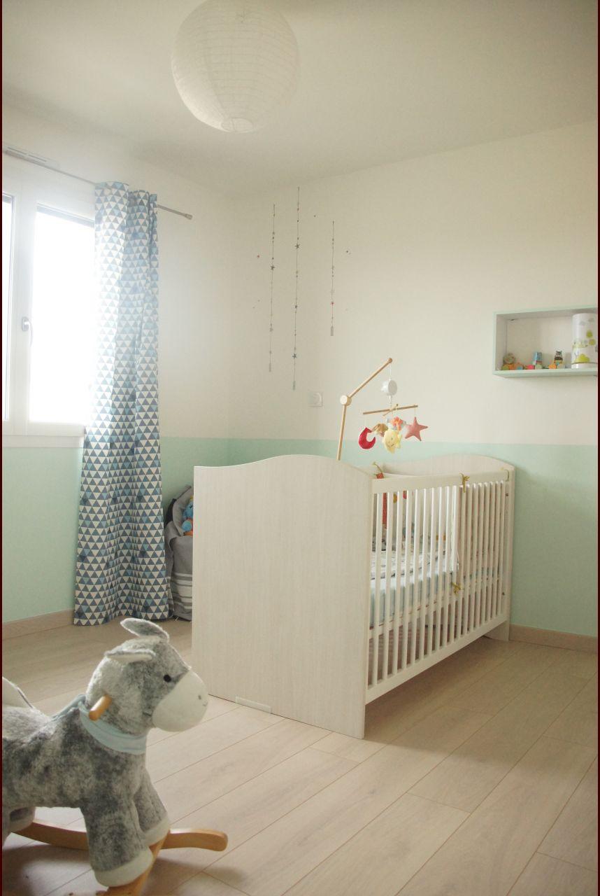 Chambre d'enfant teintes murales blanches - Puy De Dome (63) - janvier 2010