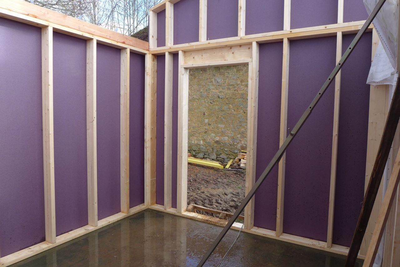 Murs et charpentes haute vienne for Fenetre horizontale chambre