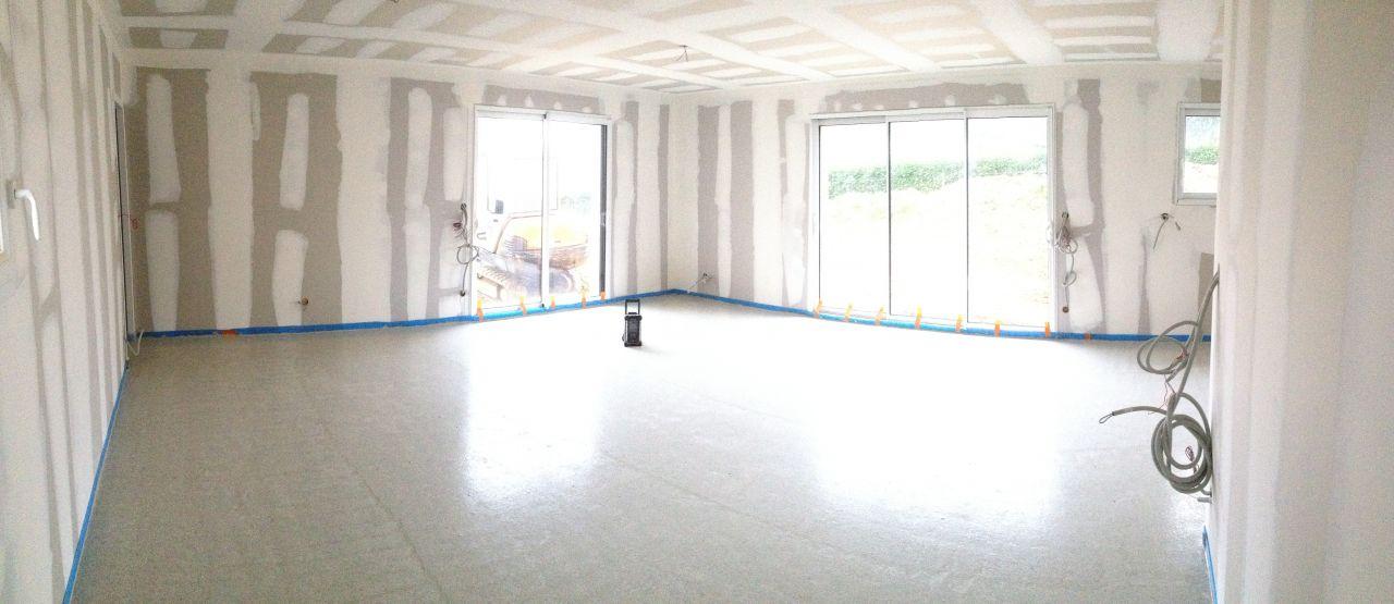 chape ciment liquide piece de vie en photos panoramiques vrd 95 carreleur 1 coffret. Black Bedroom Furniture Sets. Home Design Ideas