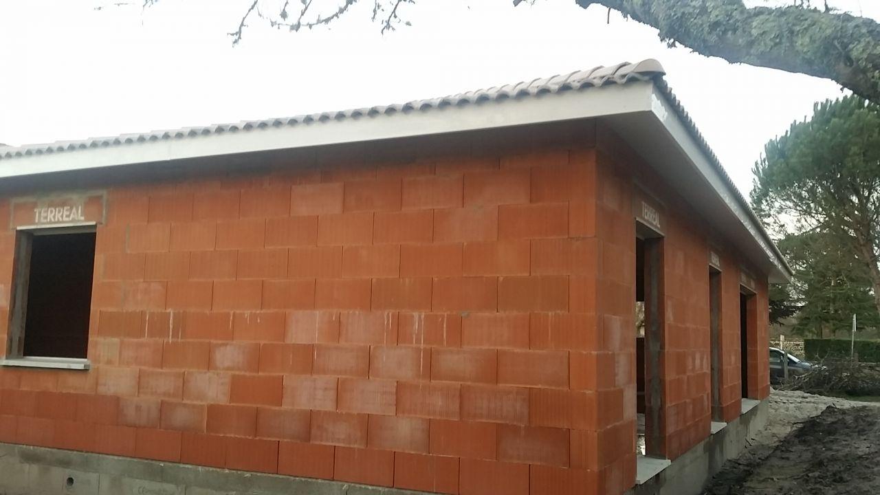 Façades Ouest/Sud - Le toit couvert