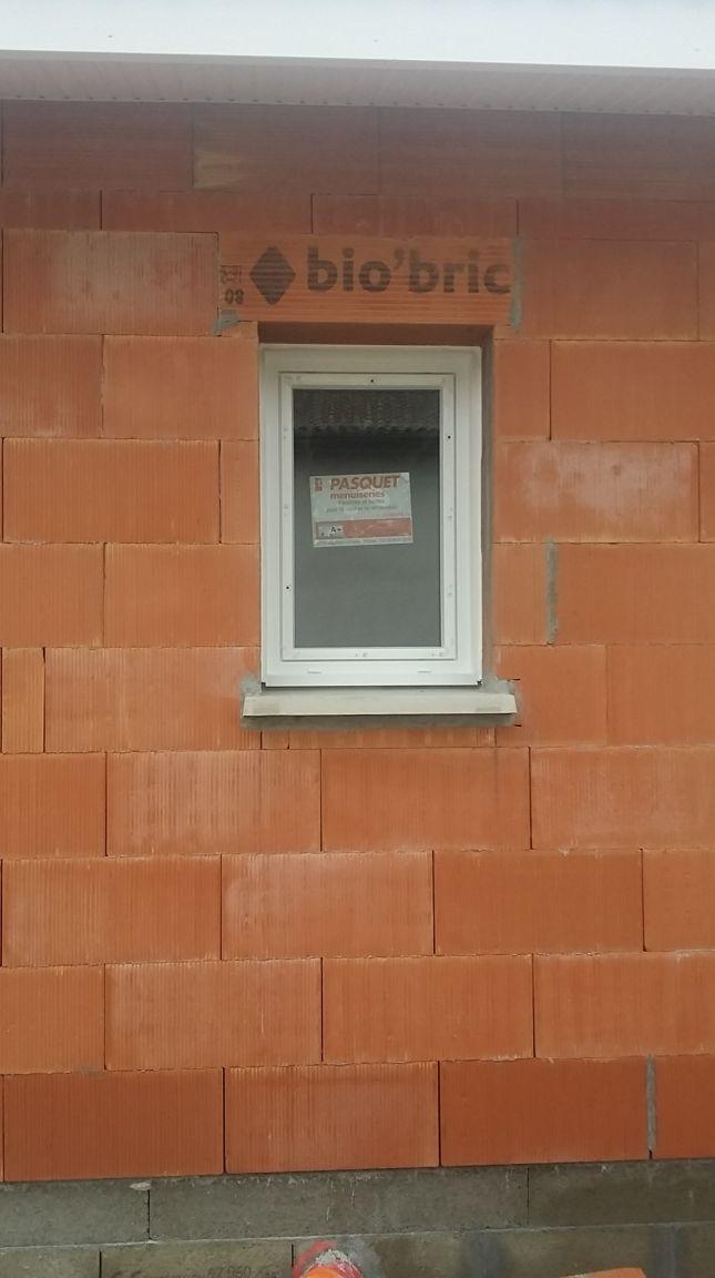 Façade Nord - Fenêtre cellier