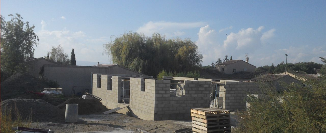 Élévation des murs, octobre 2015.