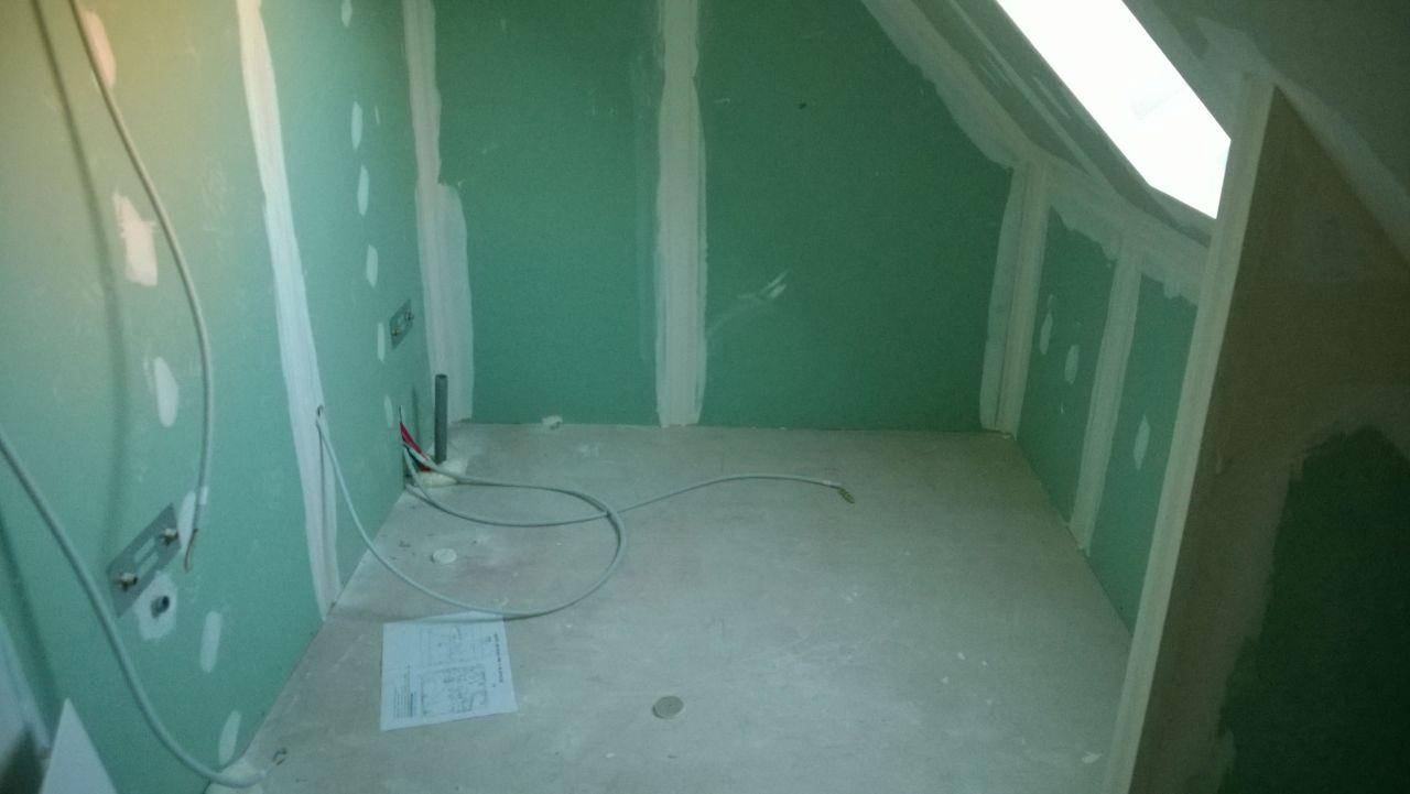 Placo hydrofuge salle de bain étage