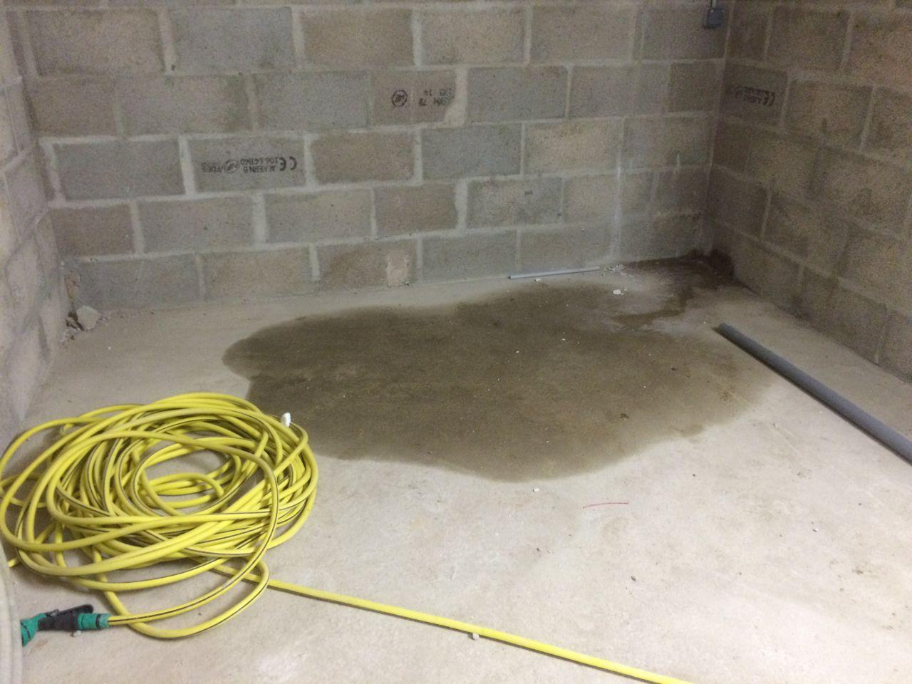 Infiltration dans mon sous sol que faire 42 messages for Infiltration eau garage