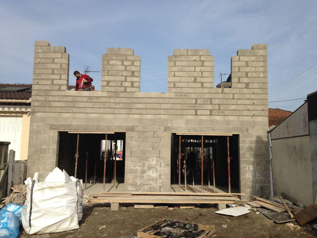 27.02.2016 - Élévation des murs étage