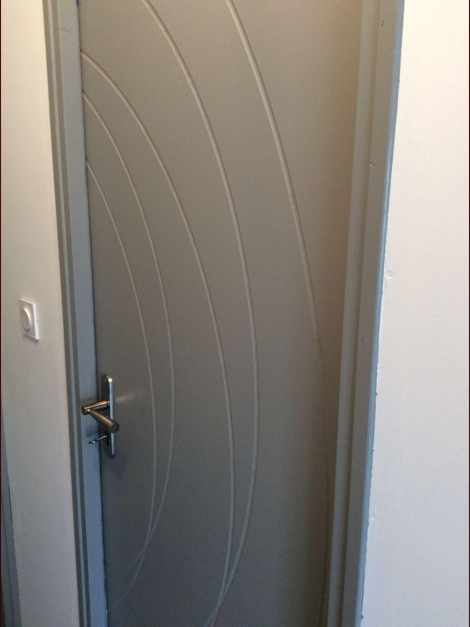 resolu] méthode peinture rainures porte gravée ? - 18 messages ... - Comment Peindre Une Porte Avec Des Rainures