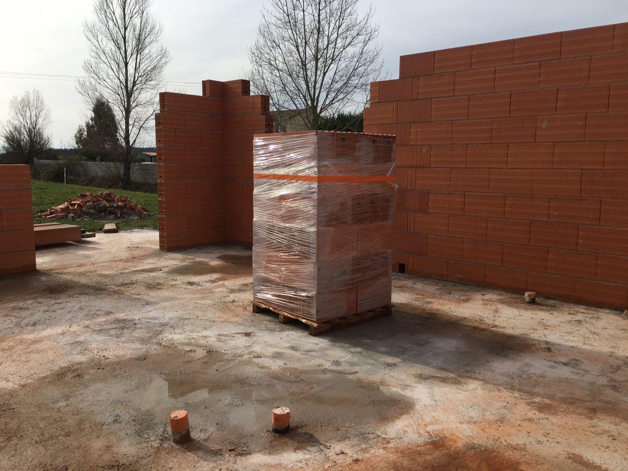 Livraison et début montage murs