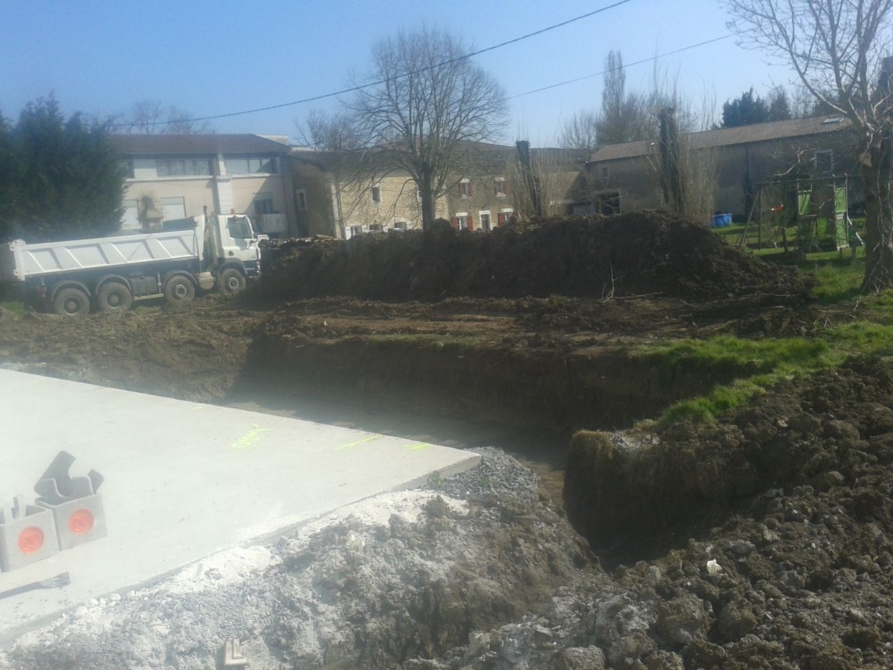 terrassement et trou piscine