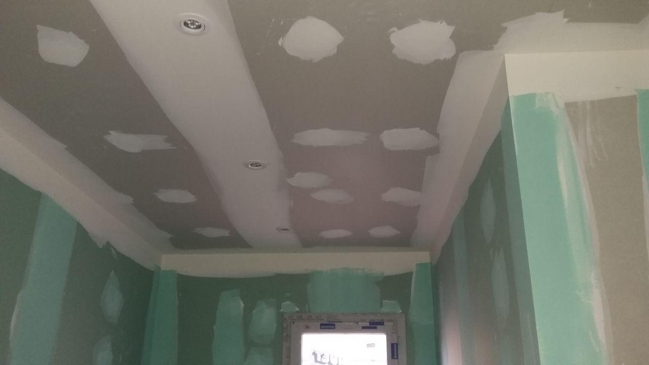 2 ieme phases installations des spots led appareillage for Carrelage prise electrique