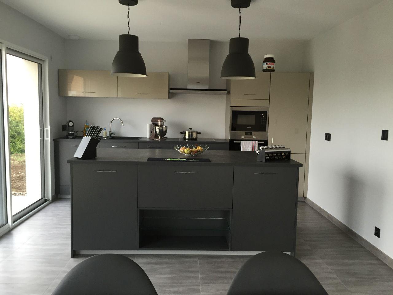 avanc e carrelage et peinture peinture au sol v33. Black Bedroom Furniture Sets. Home Design Ideas
