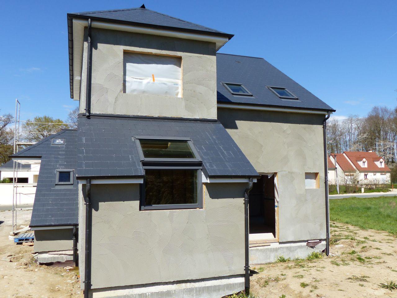 photo enduit de sous couche enduit cr pis facade loiret 45. Black Bedroom Furniture Sets. Home Design Ideas